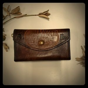 Vintage thick leather wallet Hawaii